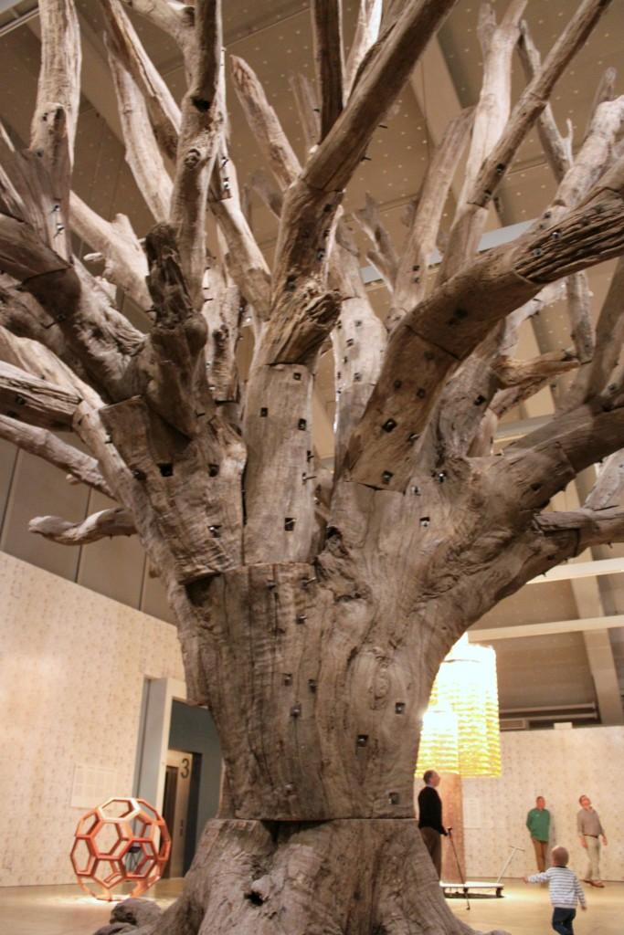 Ai Weiwei / Puu (2010)