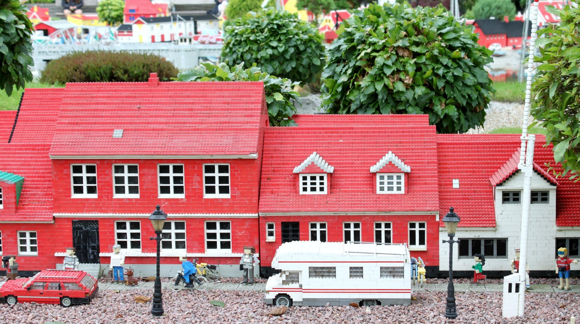 Asuntoautolla Legolandiin