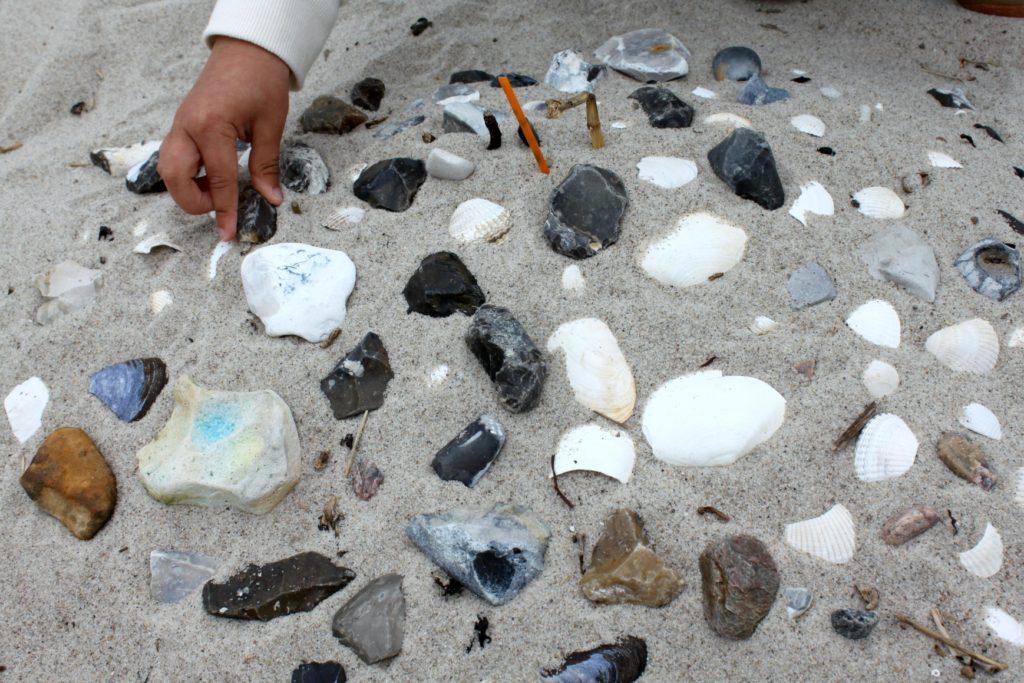 Taidetta hiekkarannan antimista