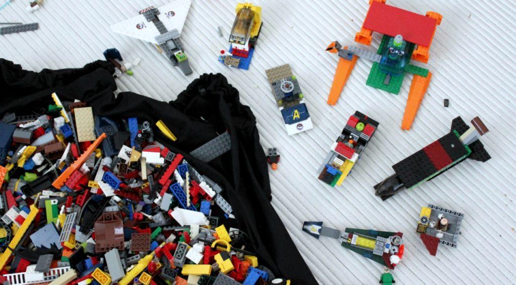 Lego-synttärit / rakentelua