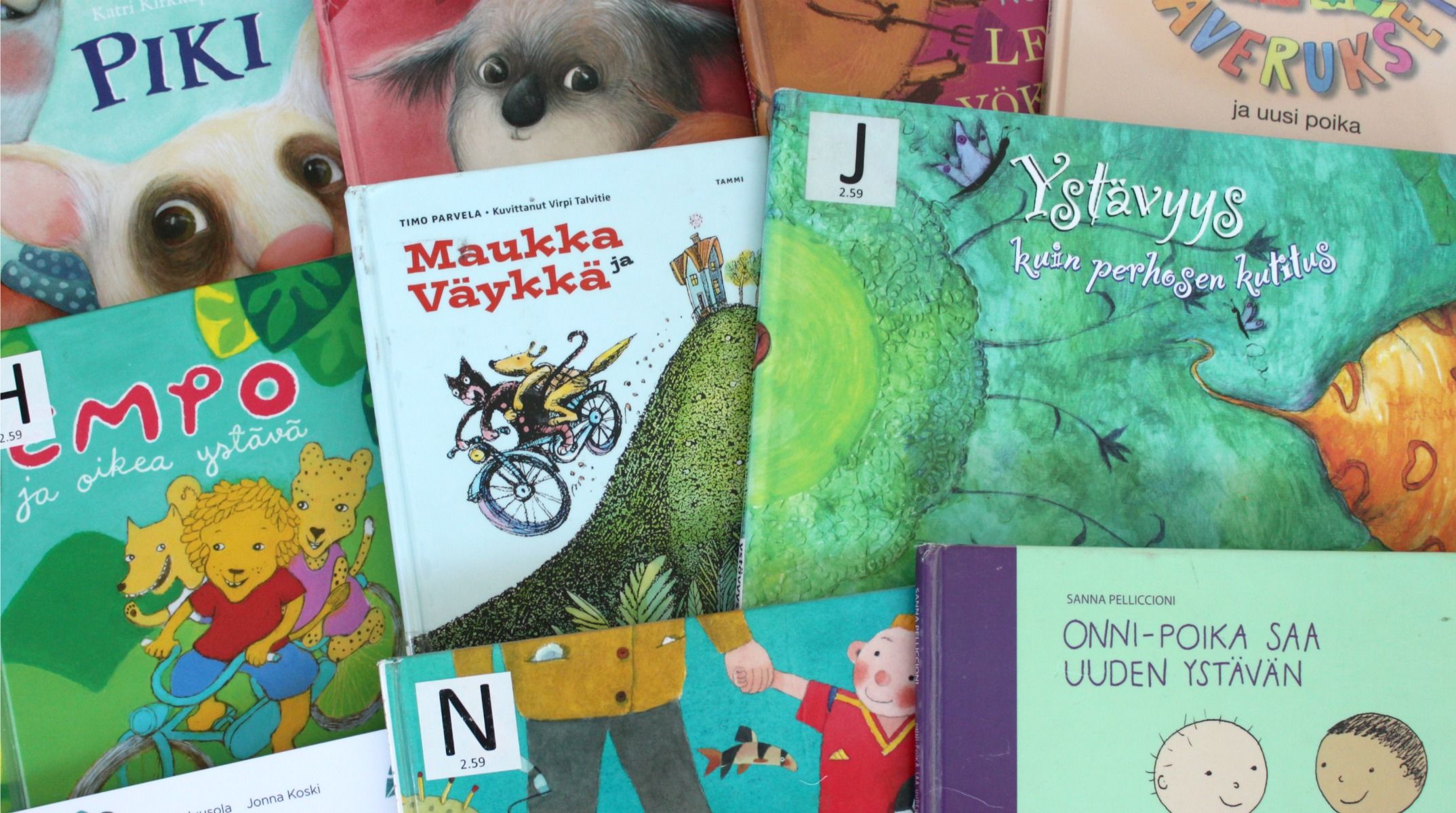 Ystävyys / lastenkirjoja