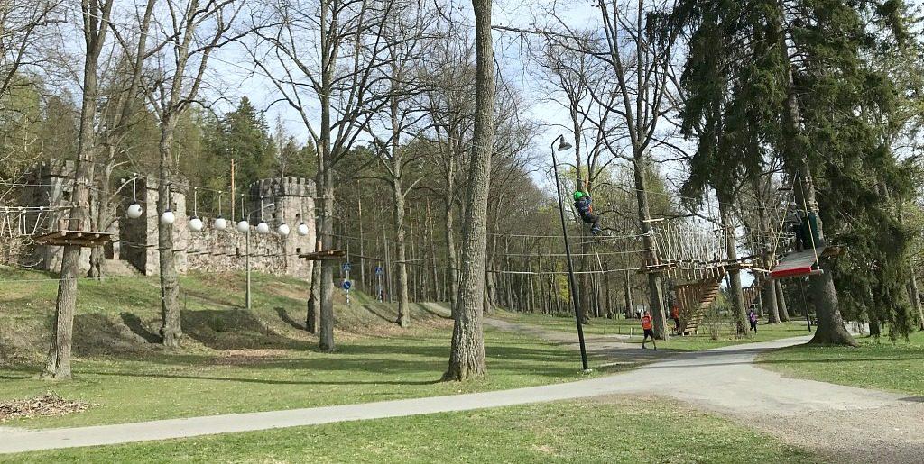 Seikkailupuisto Hugo Park / Hämeenlinna
