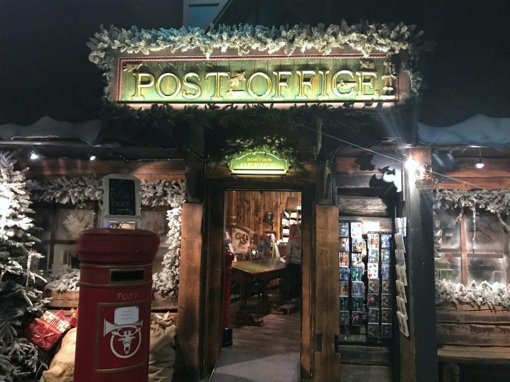 Joulupukin postitoimisto / Santa Park