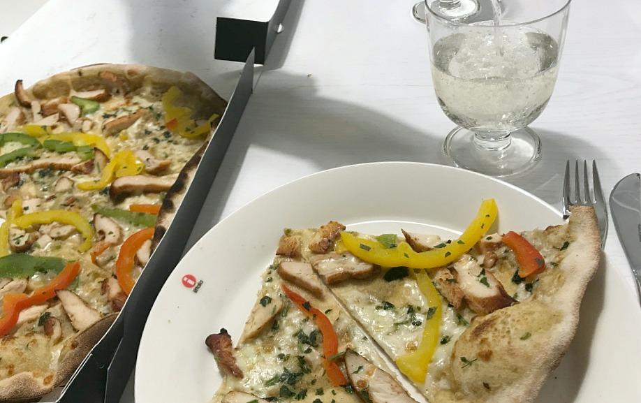 Classic Pizza Caribia