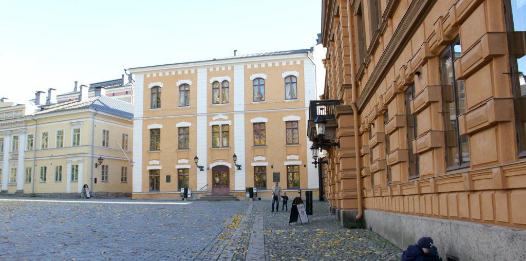 Turku / Vanha Suurtori / Galleriakierros