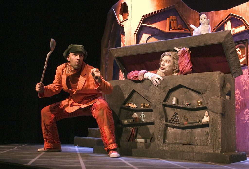 Teatteri HevosenkenkŠä / Kummituskekkerit
