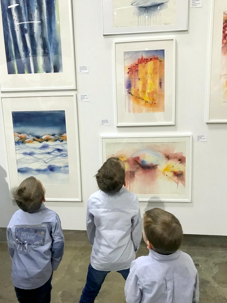 Taidenäyttelyn avajaisissa / Tarja Kleemola/ Open / Kaapelitehdas
