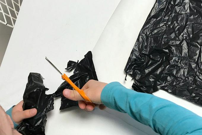 Batman-naamio kierrätysmuovista