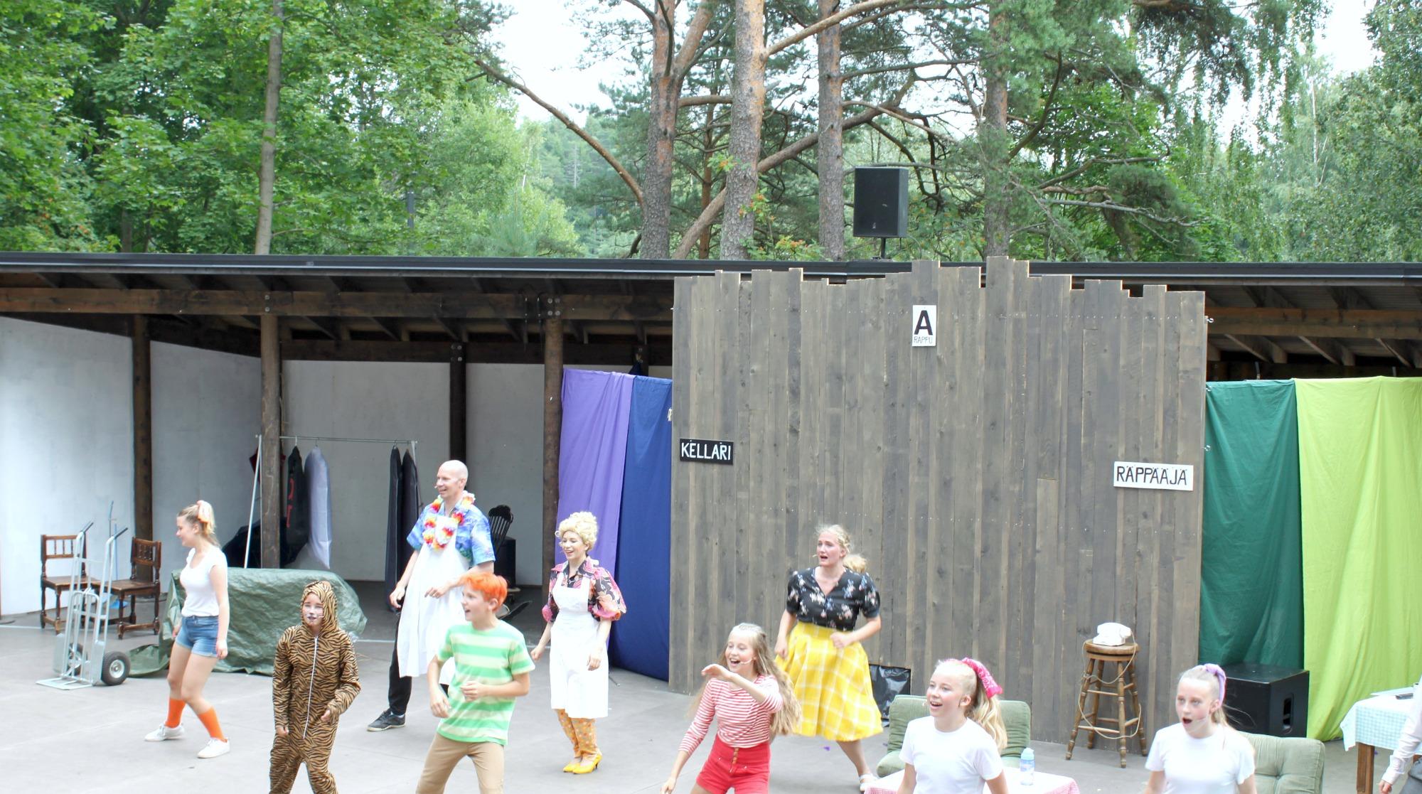 Kesäteatteri / lapset