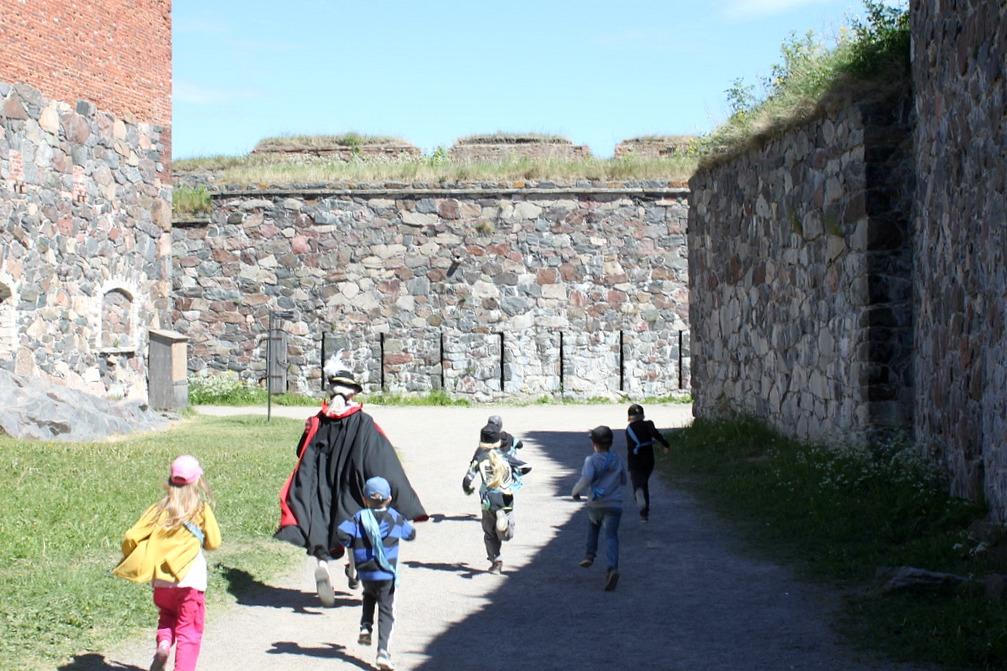 Lasten seikkailukierros / Suomenlinna