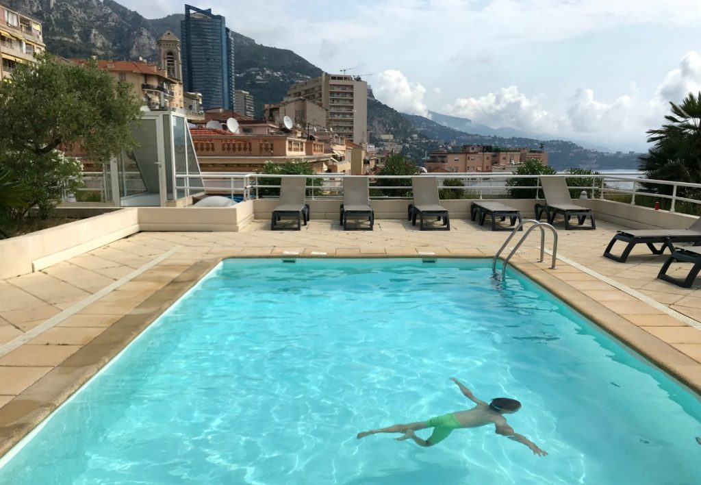 Hotelli / Monaco