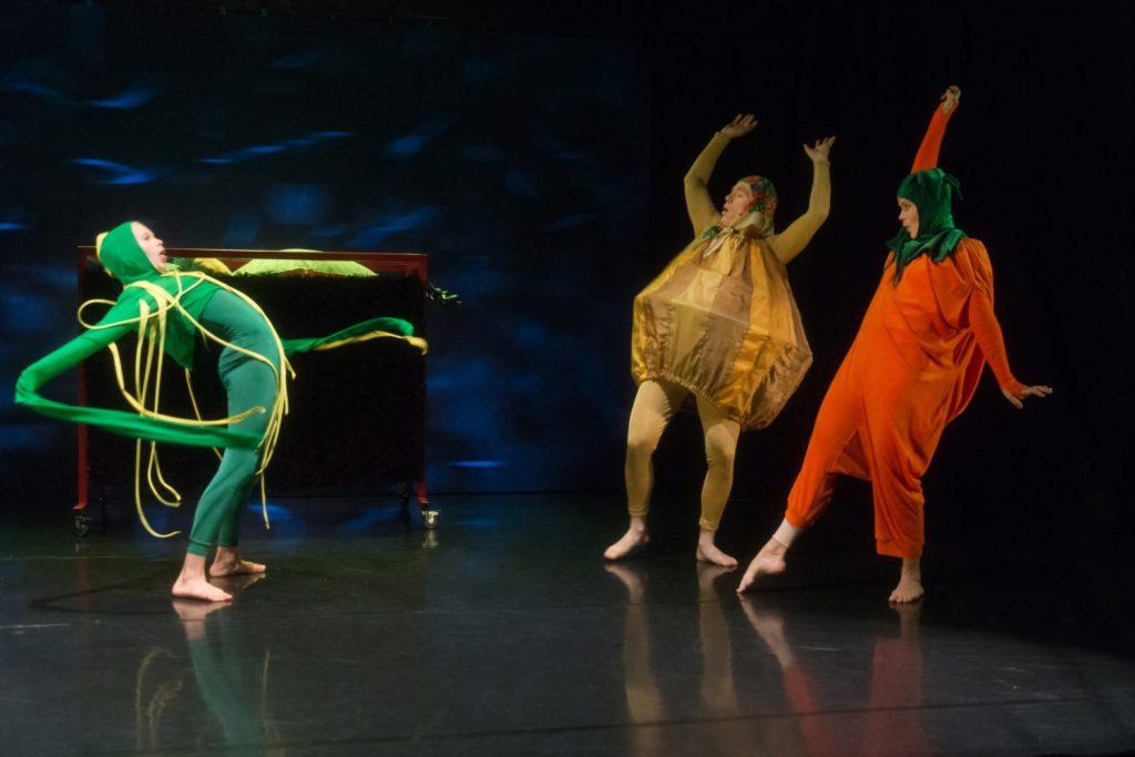 Unikon satuja / Tanssiteatteri Raatikko